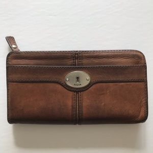Fossil Leather Maddox Clutch Wallet